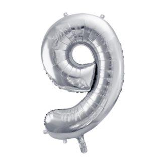 Srebrny balon foliowy w kształcie cyfr 9