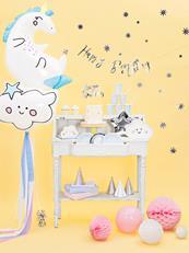Dekoracje z balonami w kształcie chmurki i jenorożca