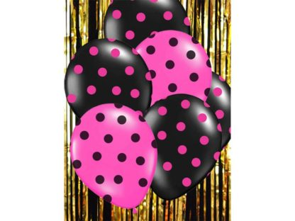 Różowe i czarne balony lateksowe w kropki