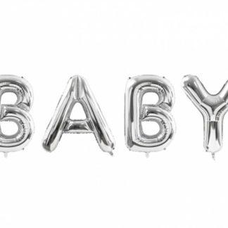 """Srebrne balony foliowe w kształcie liter, układające się w napis """"baby"""""""