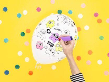 Biały balon lateksowy z potworkami do pokolorowania