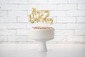 """Złoty Topper w kształcie napisu """"happy birthday"""""""