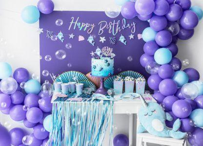 Przyjęcie urodzinowe z motywem narawli i balonem foliowym