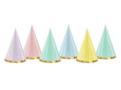Kolorowe czapeczki papierowe ze wzorkiem