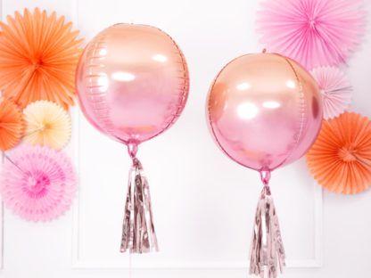Dwa balony kule w odcieniach różu