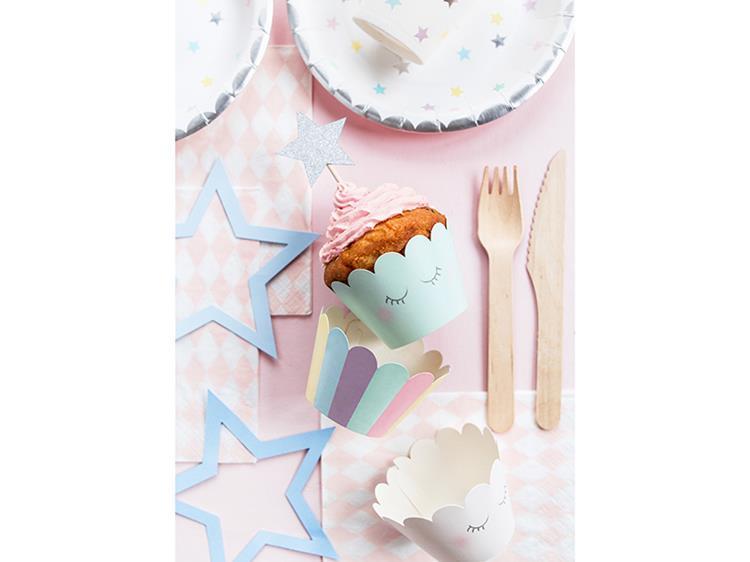 Papierowe dekoracje na stół i papilotki do muffinek