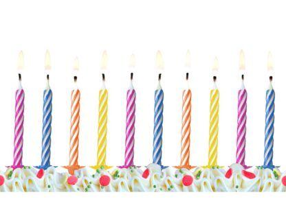 Świeczki urodzinowe na tort w kolorowe paski