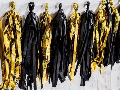 Girlanda ze złotymi i czarnymi frędzlami