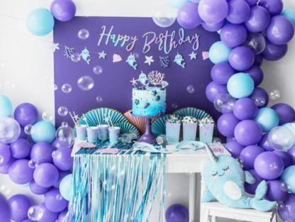 Przyjęcie urodzinowe w motywie morskim z narwalami