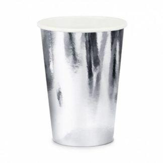 Srebrny kubeczek papierowy