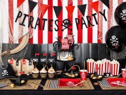Dekoracje urodzinowe w motywie piratów