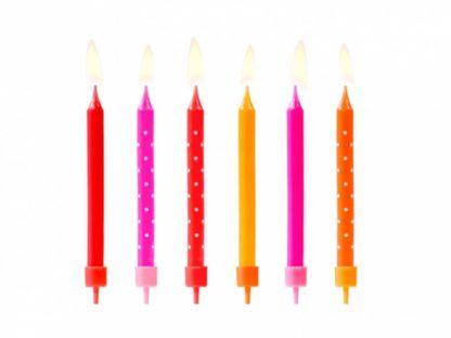 Kolorowe świeczki na tort z białymi kropkami