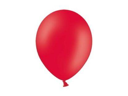 Czerwony balon lateksowy