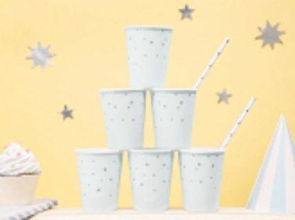 Papierowe kubeczki z gwiazdkami